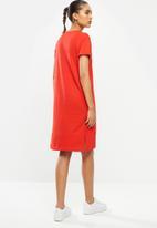 Champion - Legacy short sleeve dress - red