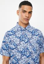 Nautica - Floral print shirt - blue & white