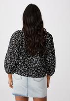 Cotton On - Curve peasant blouse - alex floral black