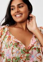 Cotton On - Curve peasant blouse - sharna floral warm bronze