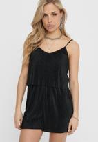 ONLY - Claudia strap plisse playsuit wvn - black