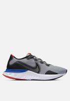 Nike - Renew Run - grey fog / black-racer blue-chile red