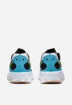 Nike - Renew Lucent 2 - summit white / black-blue fury-volt