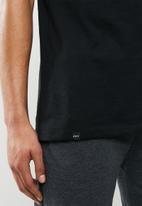 Superbalist - Premium cotton slub vest & knit shorts sleep set - black & grey