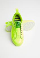 Diesel  - S-clever so w  sneakers - y02383-p3416-t3152- yellow