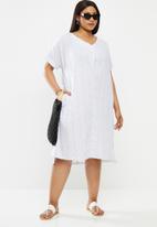 AMANDA LAIRD CHERRY - Plus linda tunic - white & blue