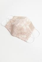 Superbalist - Lace face mask - blush
