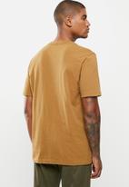 Hurley - Carhartt pocket short sleeve tee - car brown