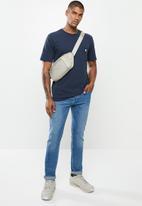 Hurley - Carhartt pocket short sleeve tee - obsidian