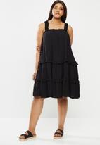 Me&B - Plus tiered sundress - black
