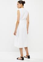 edit - Belted cotton shirt dress - milk