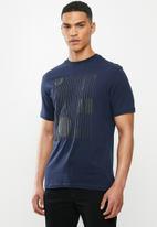 Ben Sherman - Lines and dots logo tee - navy