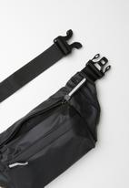 Superbalist - Brandon waist bag - black
