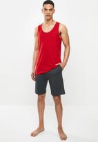 Superbalist - Premium cotton slub vest & knit shorts sleep set - red & charcoal