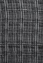 Vero Moda - Pinstripe Long Scarf