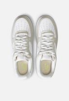 Nike - Air Force 1 '07  - light bone / white-photon dust-life lime