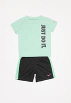 Nike - Nike boys just do it top & short set - black & green