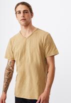 Cotton On - Slub V-neck tee - camel