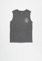 Free by Cotton On - Free boys muscle tank - grey