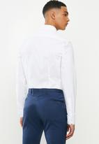 POLO - Christiaan slim fit long sleeve shirt - white