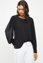 Jacqueline de Yong - Malone long sleeve puff top - black