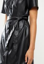 Jacqueline de Yong - Vera faux leather belt dress - black