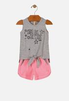 UP Baby - Girls sleeveless tee & shorts set - grey & pink