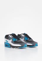 Nike - Teens nike sneakers - multi