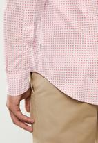 Ben Sherman - Micro red square shirt - red