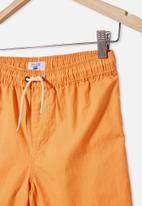 Free by Cotton On - Boys volly short - orange