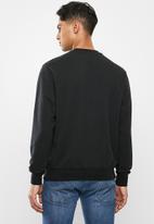 Nike - Nsw club crew neck sweater - black