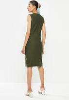 POLO - Excl sleeveless bodycon dress -fatigue