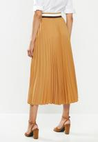 POLO - Carrie pleat skirt with rib - camel