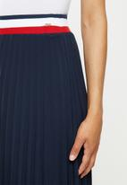 POLO - Carrie pleat skirt with rib -navy