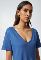 Superbalist - V-neck tiered dress - blue