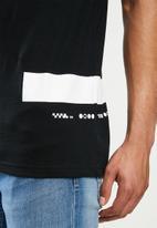 S.P.C.C. - Athene premium fashion fit t-shirt - black