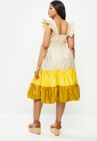 Me&B - Plus cotton sun dress with frill sleeve - multi