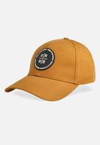 Urban - Mens urban badge cap - yellow