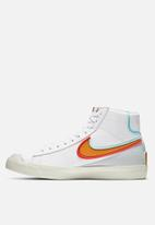 Nike - Blazer mid '77 infinite  - white/kumquat-aurora green