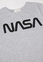 Superbalist Kids - Nasa shorts & tee pj set - black & grey