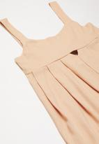 Superbalist - Cut out detail playsuit - pink