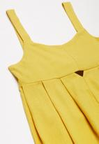 Superbalist - Cut out detail playsuit - yellow