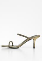 Steve Madden - Nyra-c heel - gold