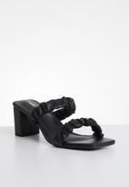 Cotton On - Abbie scrunchie heel - black