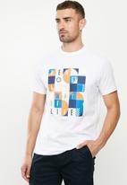 Ben Sherman - Squares slogan tee - white