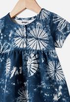 Cotton On - Milly short sleeve dress - navy blazer/tie dye