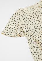 Superbalist Kids - Printed flutter sleeve dress - beige & black
