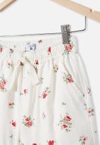 Free by Cotton On - Chelsea woven short - vanilla