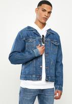 Wrangler - Denim regular fit jacket - stone wash
