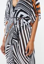 STYLE REPUBLIC - Zebra print midi cover up - multi